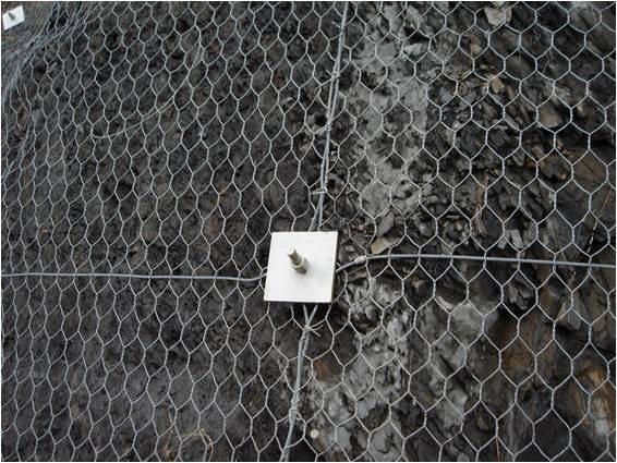 Анкерное крепление в месте пересечения продольного и поперечного каната Стилгрида BO