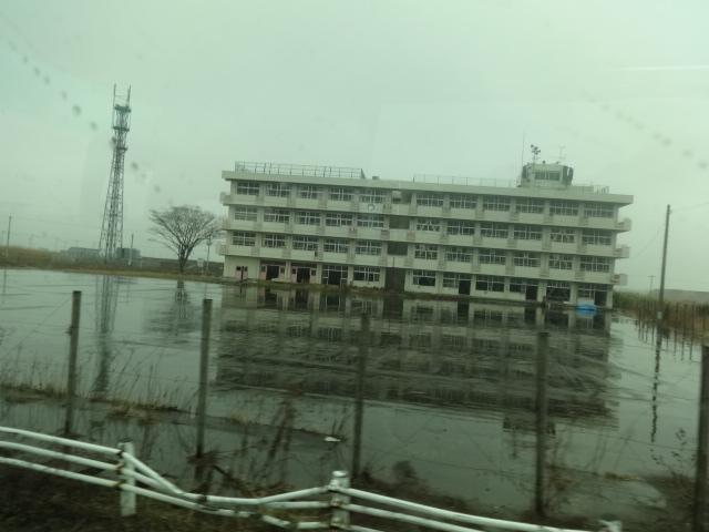 Школа в Японии после землетрясения