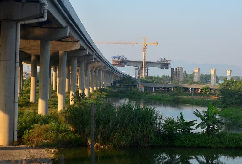 Строительство ВСМ в тропических районах (провинция Гуандун)