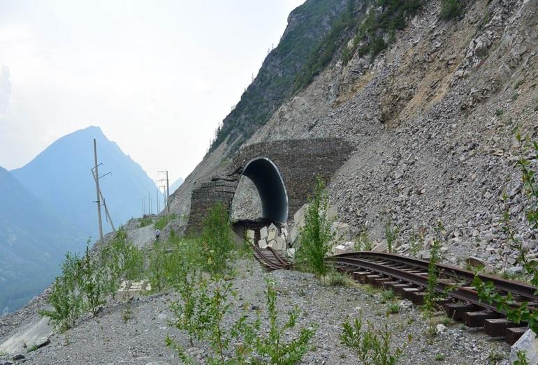 Разрушение подъездного железнодорожного пути Чара–Чина