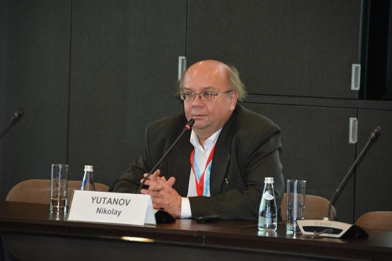 Модератор конференции Николай Ютанов, главный редактор журнала «Инженерная защита»