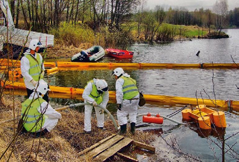 Ликвидация аварийного разлива нефти специалистами ПАСФ