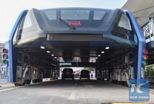Полевые испытания портального автобуса в Китае