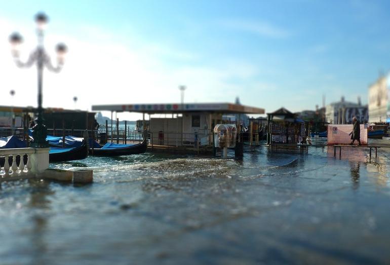 Наводнение в Венеции осенью 2010 года