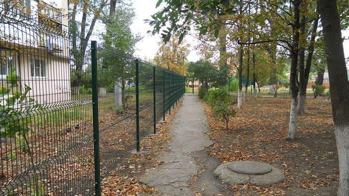 секционный забор из сварной сетки 3d-perimetr.ru