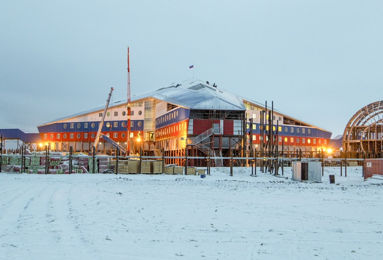 Строительство административно-жилого здания комплекса в Арктике